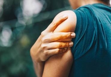 Akupunktur mod skulderproblemer er en super effektiv måde, til at komme smerterne til livs.